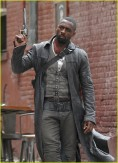 idris-elba-battles-jackie-earle-haley-on-dark-tower-set-22