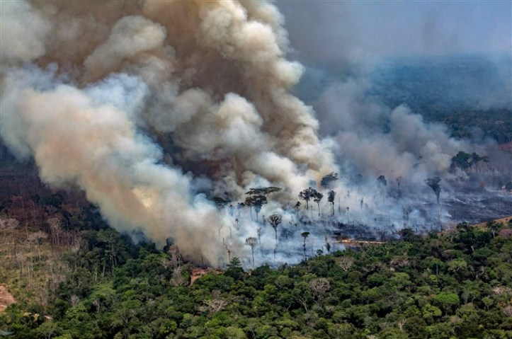 190826-amazon-brazil-fire-cs-834a_eef05addd0d4dc77d766710fa90413d8.fit-760w